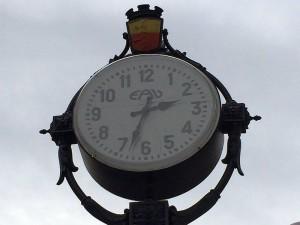 Vomero, orologio piazza Vanvitelli