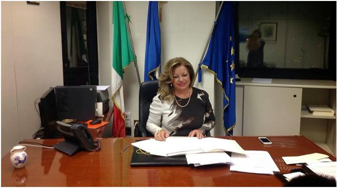 Flora beneduce segretaria ufficio di presidenzareport for Ufficio presidenza